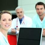 professionisti medici in una clinica — Foto Stock
