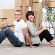 Couple moving house — Stock Photo #8101125