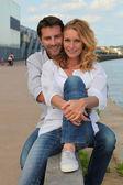пара на берегу — Стоковое фото