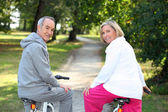 A couple of cyclists — Stock Photo
