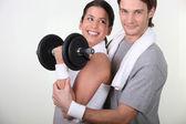 Couple avec poids — Photo