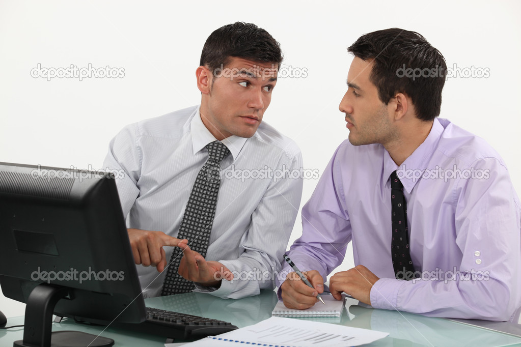 Businessmen having a discussion — Stock Photo #8128924