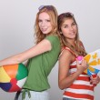 Teenagers ready for the beach — Stock Photo