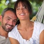 Couple in hammock — Stock Photo