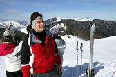Friends skiing — Stock Photo