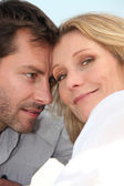 Head shot of man and woman — Stock Photo