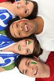 Un groupe de soutien de l'équipe de football italiens — Photo