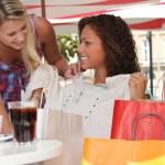 girly viagem de compras na cidade — Foto Stock
