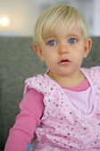 Little girl with very blue eyes — Stock Photo
