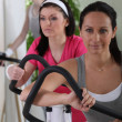 Women in fitness club — Stock Photo