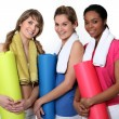 Woman getting ready for gym class — Stock Photo