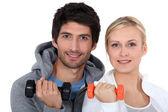 Sollevamento pesi coppia — Foto Stock