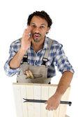 Manliga hantverkare arbetare med dörr — Stockfoto