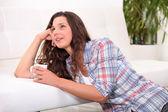 Mulher, relaxante com uma xícara de chá — Foto Stock