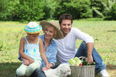 Family day out in the countryside — Stock Photo