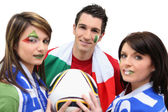 Friends supporting the Italian football team — Стоковое фото