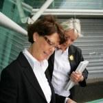 Senior businesswomen at the airport — Stock Photo