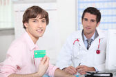 Portrait of a doctor with patient — Stock Photo