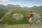 Man hiking in the mountains — Stock Photo