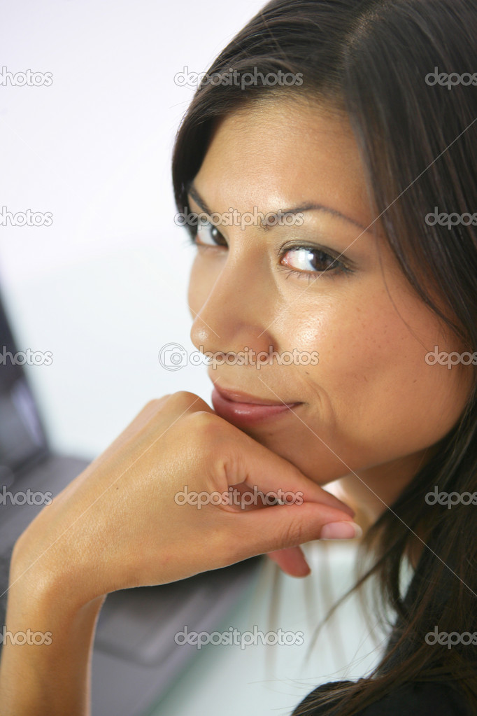 Close-up shot of a middle-aged woman — Stock Photo #9052750
