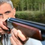 Hunter shooting — Stock Photo
