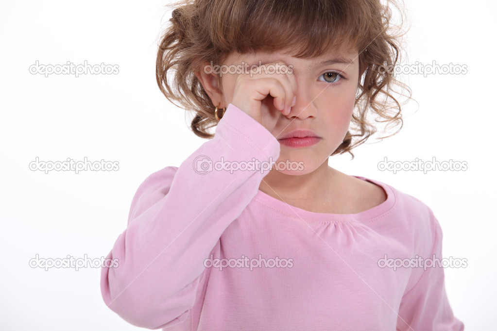 A little girl crying. — Stock Photo #9155000