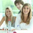 3 studenten — Stockfoto