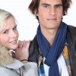 Couple wearing warm coats — Stock Photo