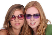 Girls with sunglasses — Stock Photo