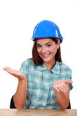 Empty-handed tradeswoman — Stock Photo