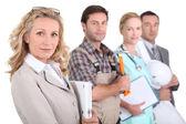 Profil bild av fyra yrkesverksamma från olika domäner — Stockfoto
