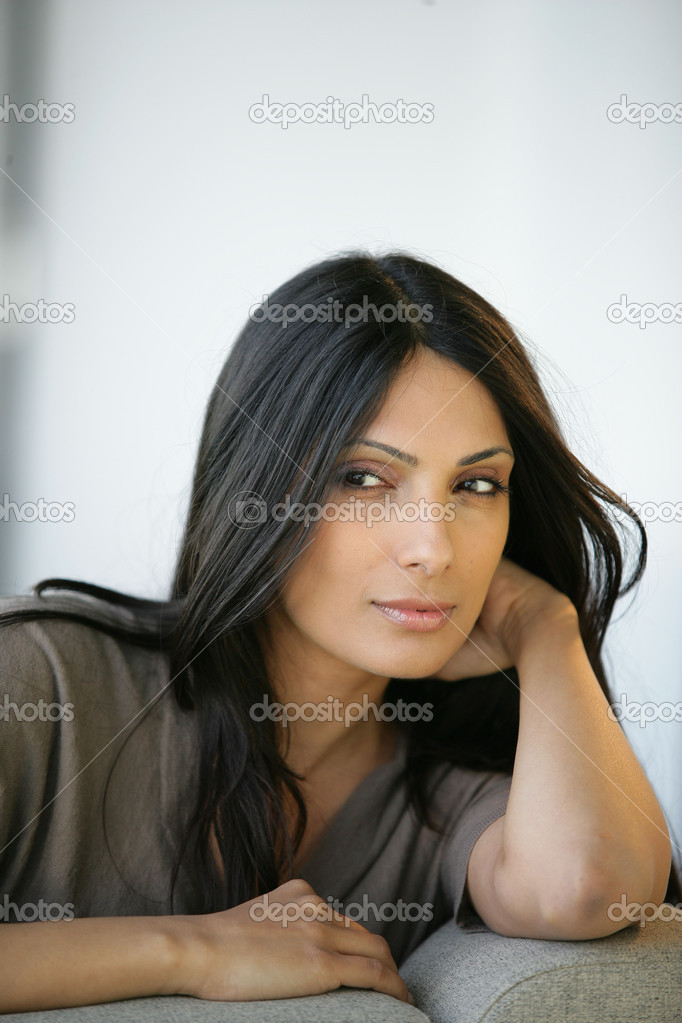 Sultry woman — Stockfoto #9209201