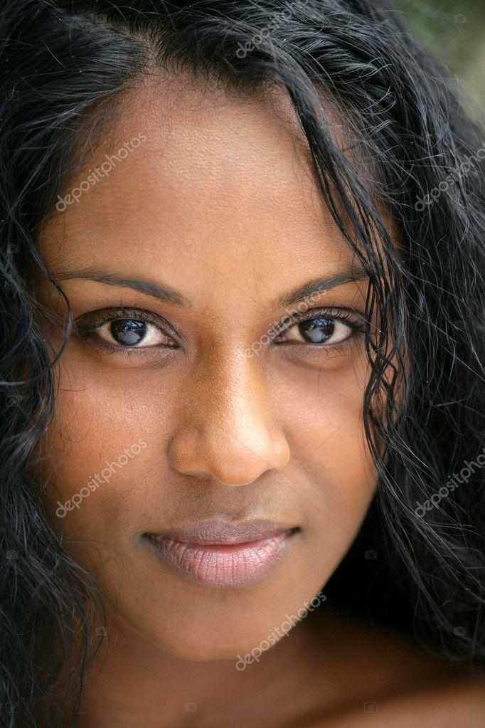 非洲女人的头开枪 — 照片作者