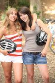 Přátel na kolech — Stock fotografie