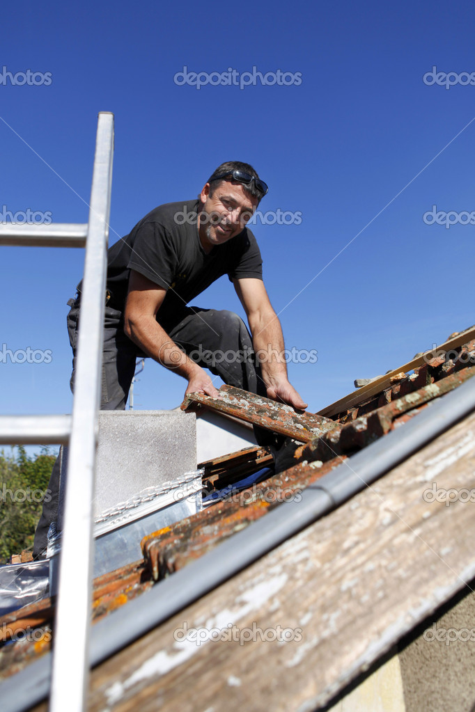 Roofer — Stock Photo #9315306