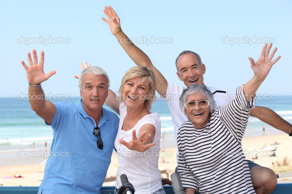 Group of senior on the beach — Stock Photo #9318160
