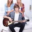 Teens with electric guitar — Stock Photo #9752126