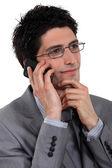 时尚商人谈他的移动电话 — 图库照片