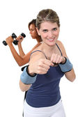 Friends working out together — Stock Photo