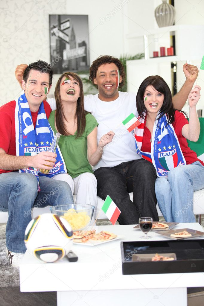 Italian football fans celebrating — Stock Photo #9827319