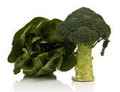 Brokkoli und Salat — Stockfoto