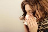 Soffiando il naso — Foto Stock