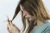 Zniszczone włosy — Zdjęcie stockowe