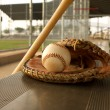 Baseball & Bat on the Bench — Stock Photo