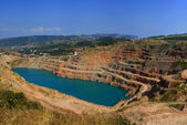 Lake on-site rock quarry — Stock Photo