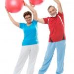 Senior couple in gym — Stock Photo