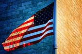 Washington Monument and American Flag — Stock Photo