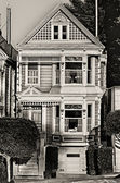 Victorian home at Alamo Square — Stock Photo