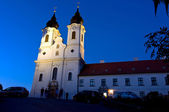 Abadía de tihany por noche — Foto de Stock