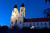 Abtei von tihany bei nacht — Stockfoto